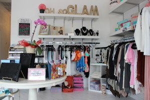 Luxx Lash Clothing Boutique in Addison